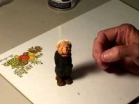 Painting a Miniature Figure Part 3