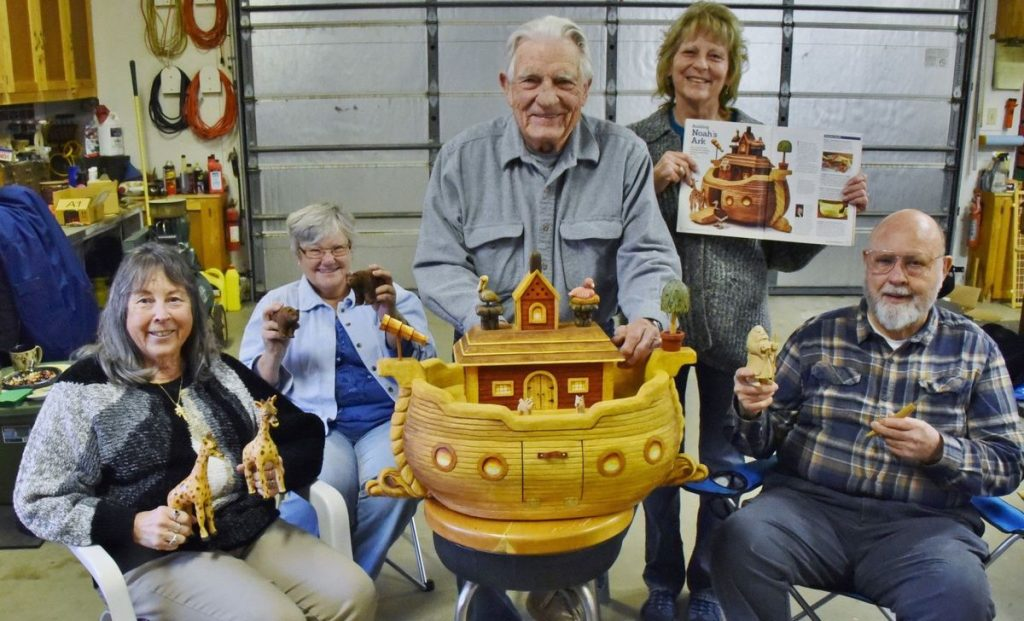 Tehachapi Mountain Carvers Carve the Ark