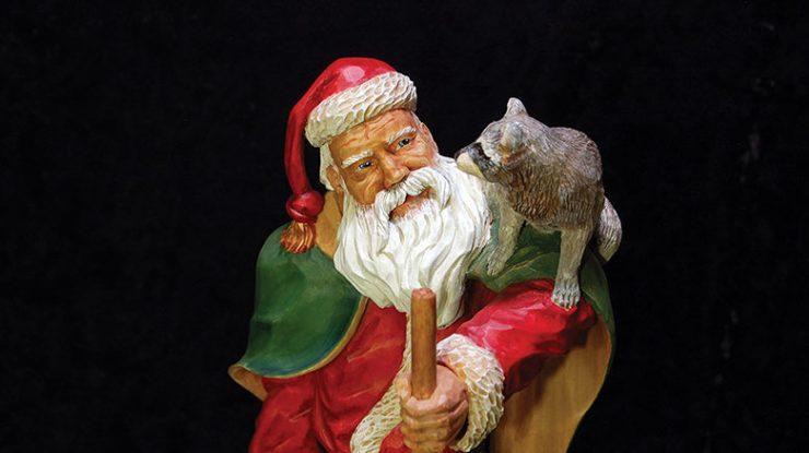 Realistic Santa Carvings