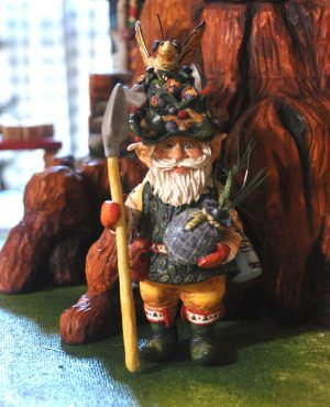 Betty Padden S Carved Christmas Spectacular Woodcarving