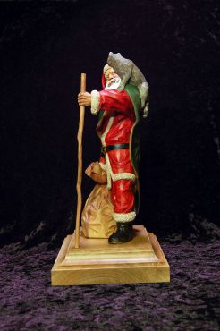 WEB-WCI81-Goodson-Gallery-Father-Christmas-with-Raccoons-(5)